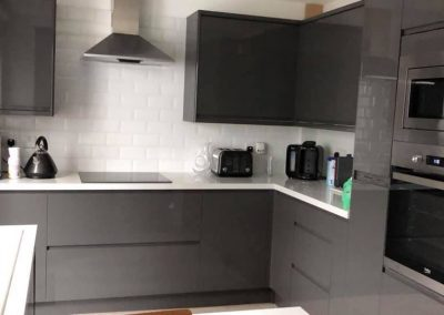 new-grey-kitchen-installation-sw3